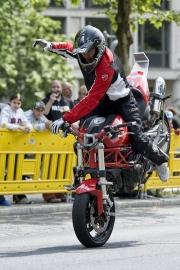 motorrad-stunts