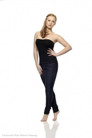 professionelle-portraits-hannover-fotograf-Fotomodel-Maxi-Viktoria-Niessing-01