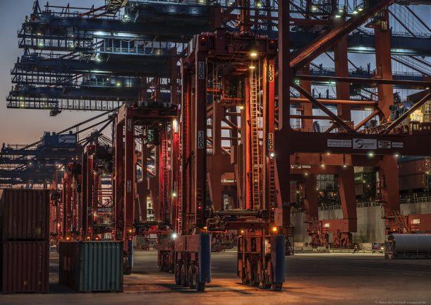 Hafen verladekräne kräner containerhafen hamburg freihafen